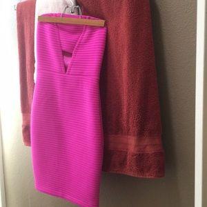 Strapless club dress / pink / express